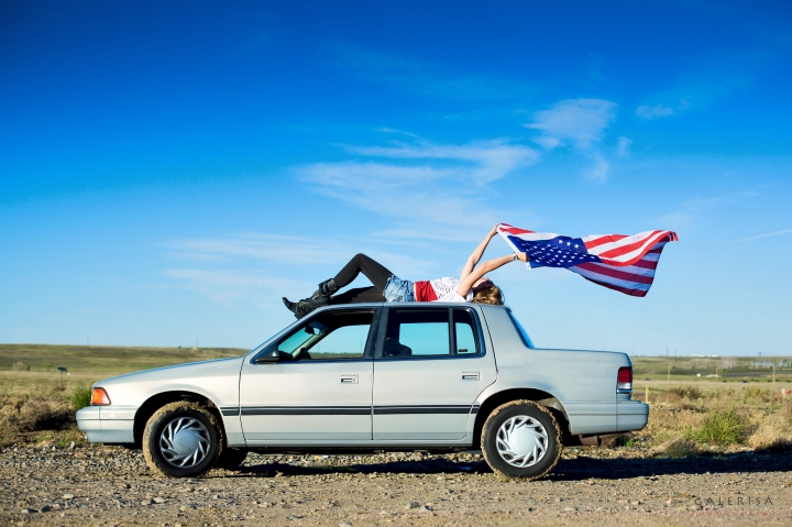 Zlata-Titova-senior-2015,-girl-with-american-flag,-galerisa-photography-14