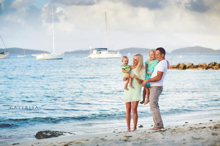 Sasya-and-Kate-Family-Portraits-on-the-St-Thomas-Beach-galerisa-blog
