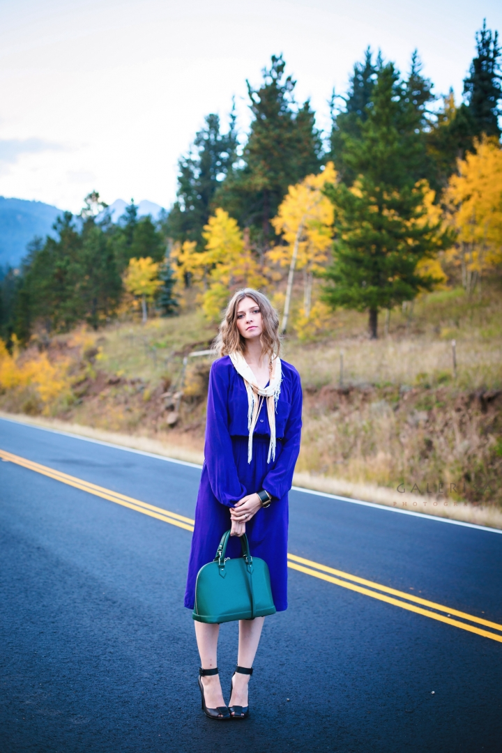Blue-dress-in-autumn-fall-season-with-Galerisa-photography-1