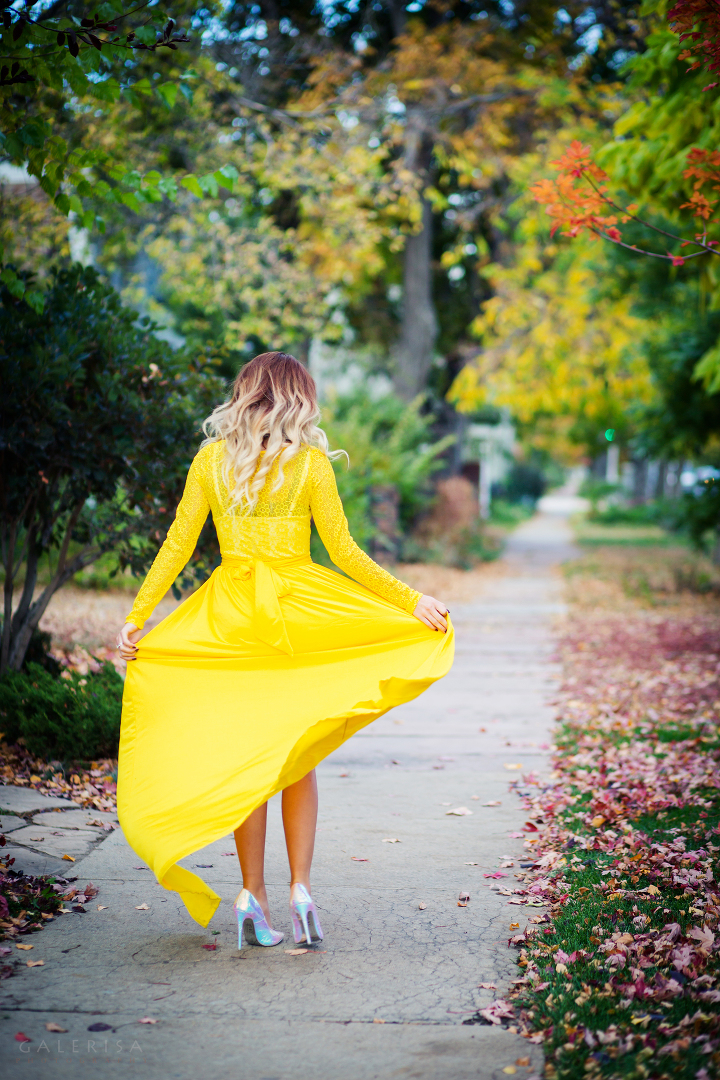 ModaPrint-Denver-Style-Fashion-Blogger-wearing-Yellow-Maxi-dress-with-GaleRisa-2015-13a