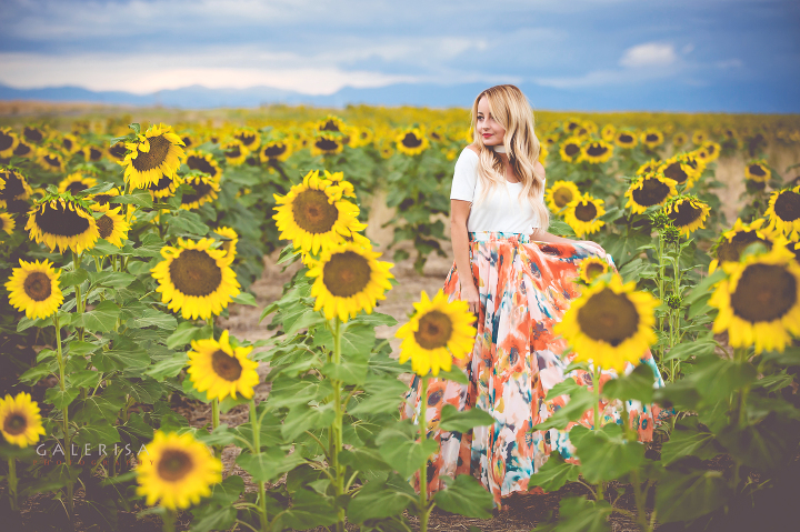 modaprints-white-off-shoulder-top-maxi-flowy-skirt-in-sunflower-field-galerisa-photography-1a